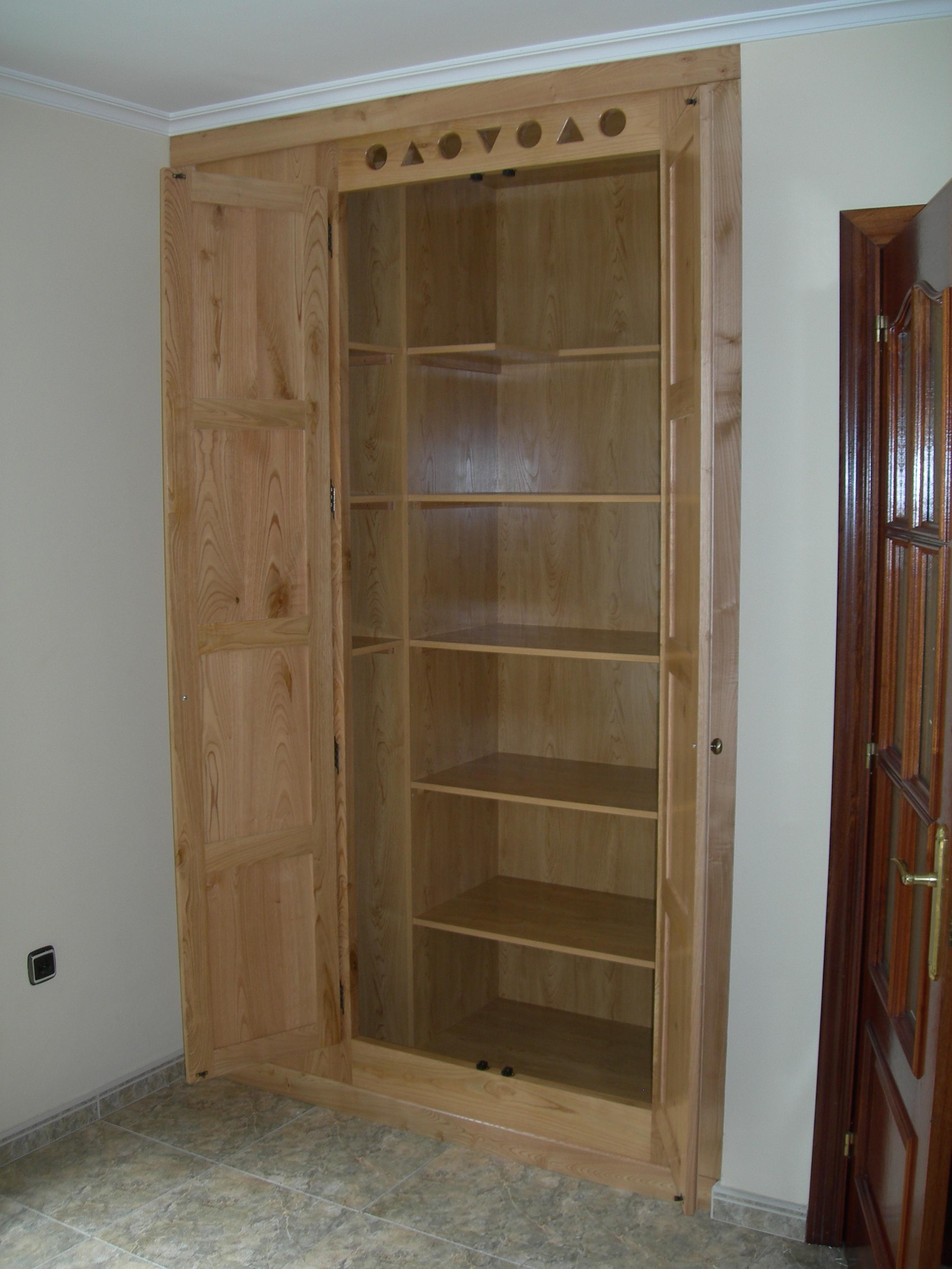 catalogo mueble bano castano: